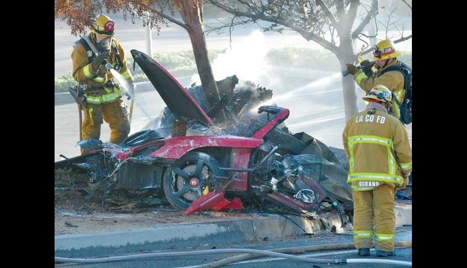 FOTOS: Paul Walker murió en trágico accidente automovilístico