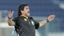 Maradona: &quot;Riquelme sabe dnde me puede buscar&quot; 