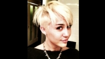 Miley Cyrus se realiz extremo cambio de look
