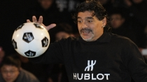Diego Armando Maradona ser pap a sus 51 aos