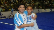 Neymar public foto con Maradona