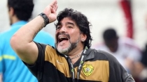 Diego Armando Maradona podra dirigir en Inglaterra