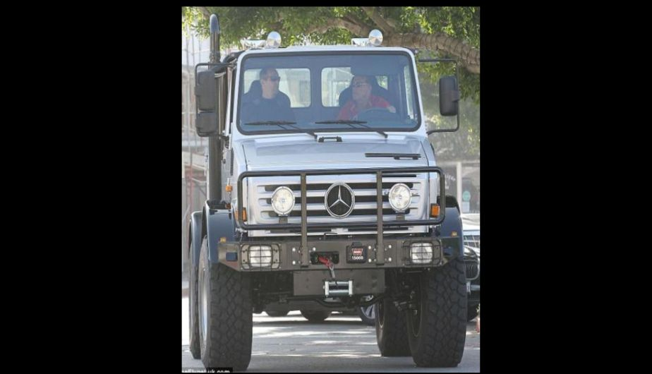 actor, auto, mercedes benz unimog