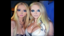 'Barbie Humana' encontr a su gemela