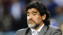 Irak le baj el dedo a Diego Armando Maradona