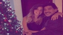 Maradona recibi la Navidad con su hija 