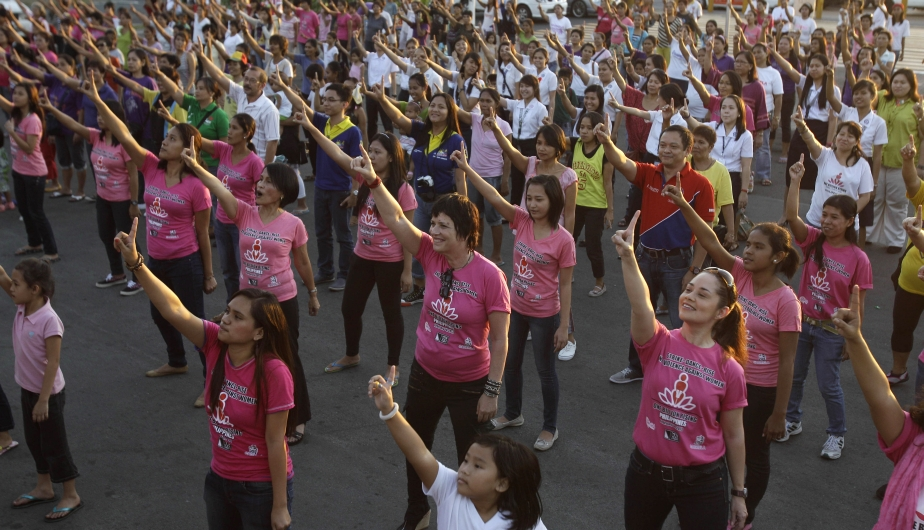 violencia contra la mujer, un billon de pie, flashmobs, one billion rising