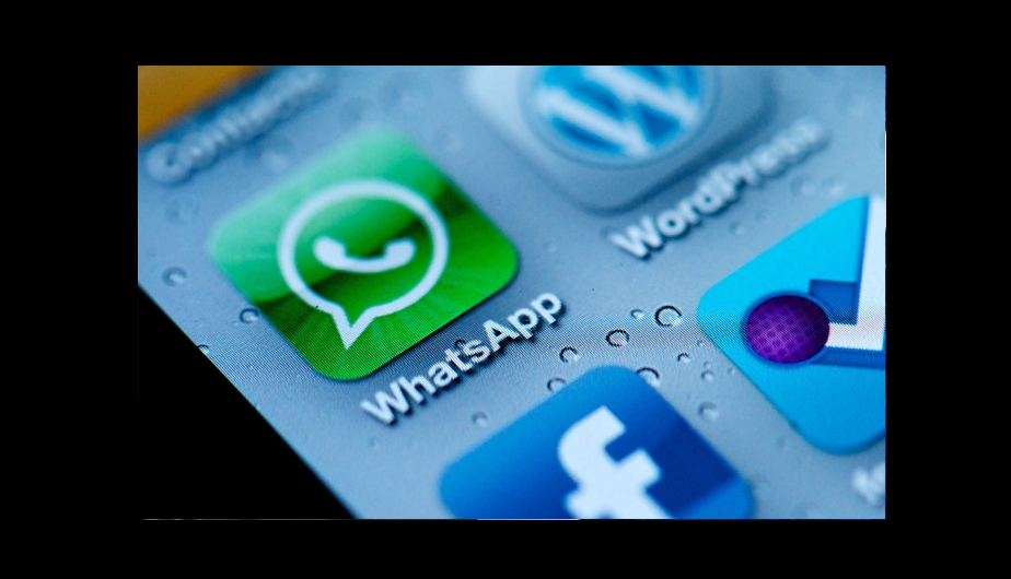redes sociales, facebook, whatsapp, facebook compro whatsapp