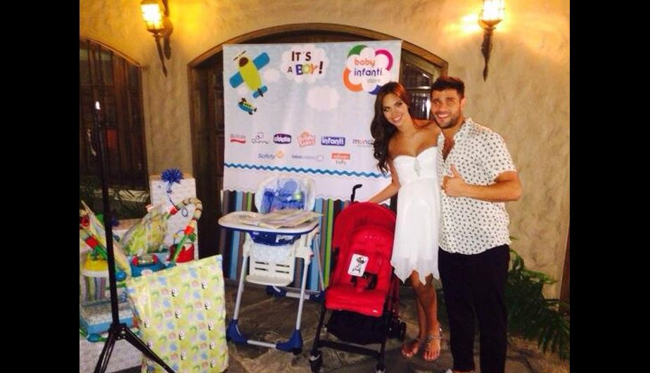 chollywood, natalie vertiz, yaco eskenazi, baby shower